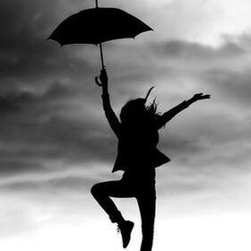 La Femme Avec Parapluie