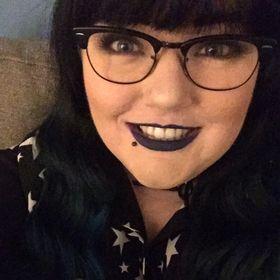 Carlyn | Smoking Peaches Blog