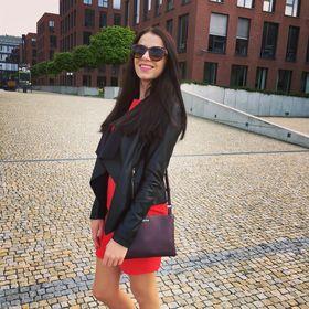Nataly K