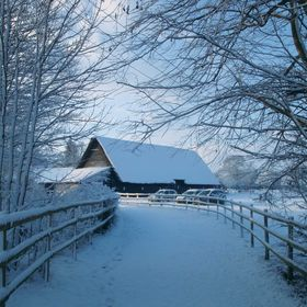 Blackthorpe Barn :: British Crafts