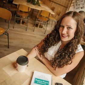 Sagan Morrow | Small Business Strategist + Blogger