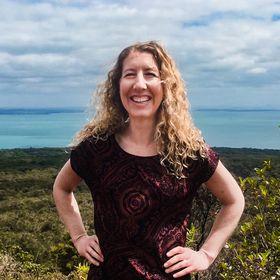 Kelly Eden | Feature Writer | Writing Mentor