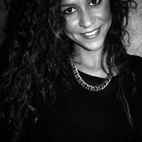 Silvia F. Tuveri