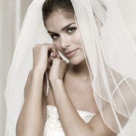 Het Bruidsparadijs | Trouwjurken Bruid | Kostuums Bruidegom