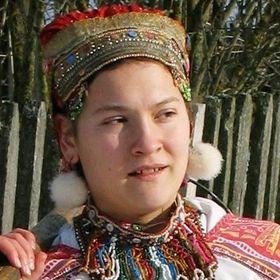 Аня Неслуховская