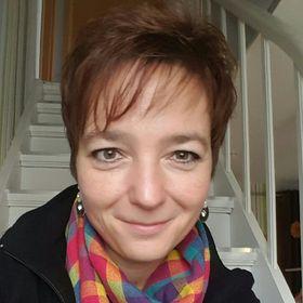 Nicole Engel