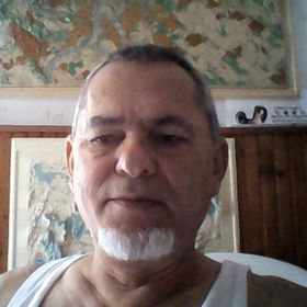 János Oláh