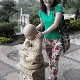 Yuliana Wang