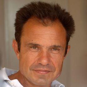 Alvaro Manso