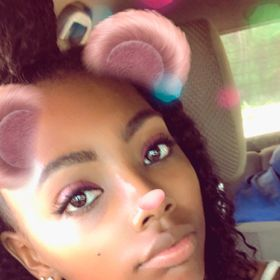 Nakeyia Riggs (nakeyiar) on Pinterest bded659d635