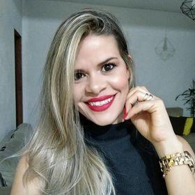 Letícia Assis