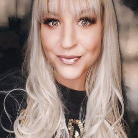 Alexa Hebert -Beauty Influencer