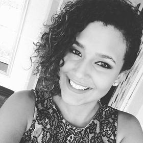 Thaila Alves