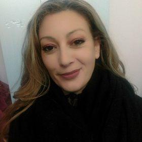 Claudia Araujo