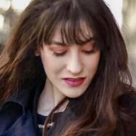 Veronika Lipar - Brunette from Wall Street