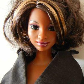 Fashion Doll Stylist