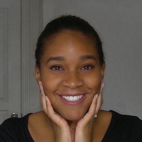 Belinda Laurie | Content Creator & Small Biz Branding Strategist