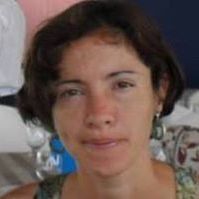 Luana Carvalho DE Castro