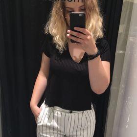 Kirsten de Vries