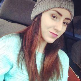 Paola Navarro