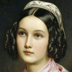 Emma Dragomir