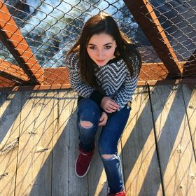 Savannah Clapp