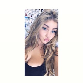 33312c1112aa Nicolette Barbagallo (abarpasta) on Pinterest