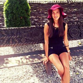 Nicoleta N