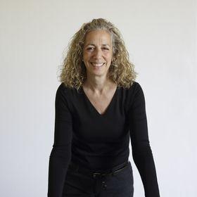 Debra McQuin