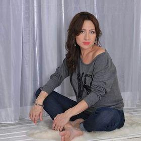 Alena Dolotova