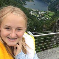 Aurora Løvoll