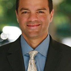 Dr Stephen J Laquis