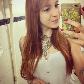 Carol Santos