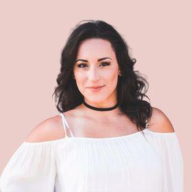 Brand Photographer & Designer  |  Amanda Riley Studio