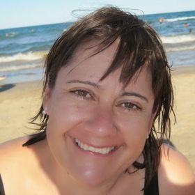 Dina Loscos