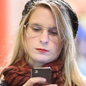 Júlia Klein