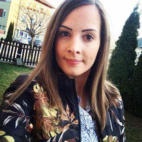Nikolett Mender