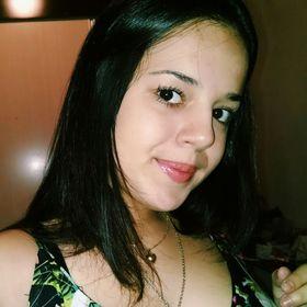 Isabela Leal