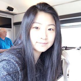 Jasmine Yudong Li