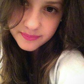 Larissa Gastaldo
