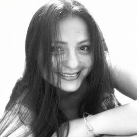 Adriana Ellis