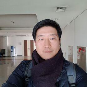 Chang Hwan Kim