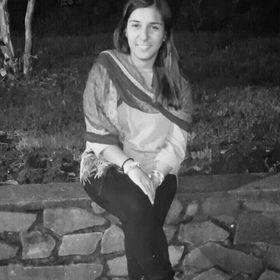 Carolaina Fuentes Beals