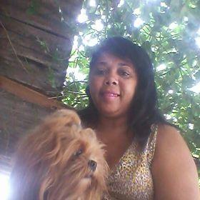 Cassia Silva Flores