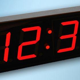 Magnum Clock