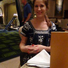 Emily Lauren