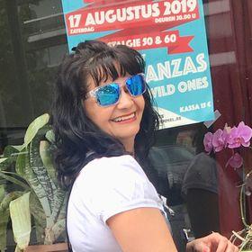 Adriana Neacsu