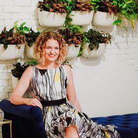 Rebecca Schoneveld || Schone Bride Boutique