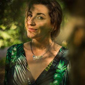 Marta Norenberg - jeweler artist