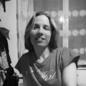 Katalin Elek